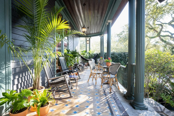 Outdoor patio of The Chloe hotel in New Orleans