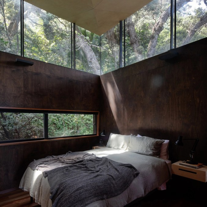 Bedroom in Kawakawa House, New Zealand, by Herbst Architects