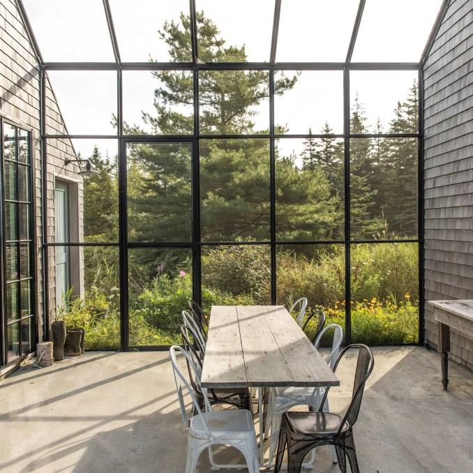 Dining room in Little Peek by Bernman Horn Studio