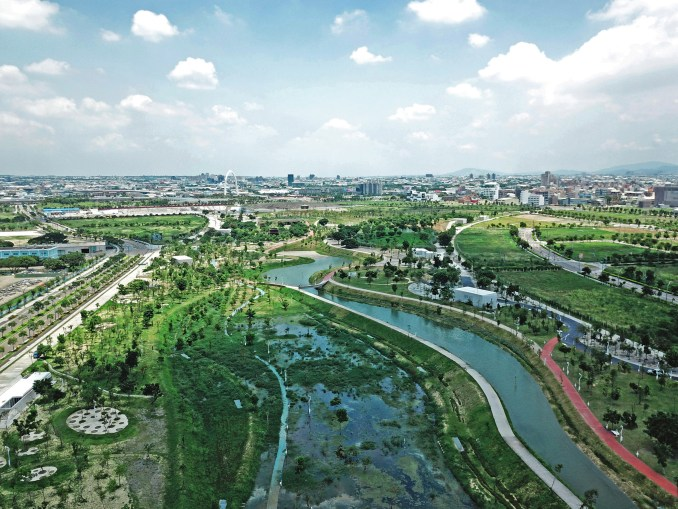 Birds-eye view of Phase Shifts Park designed by landscape architects Mosbach Paysagistes in Taichung, Taiwan