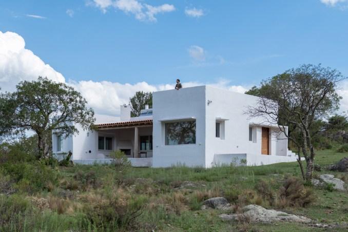 Exterior of Casa Elisa by Grupo Boreal
