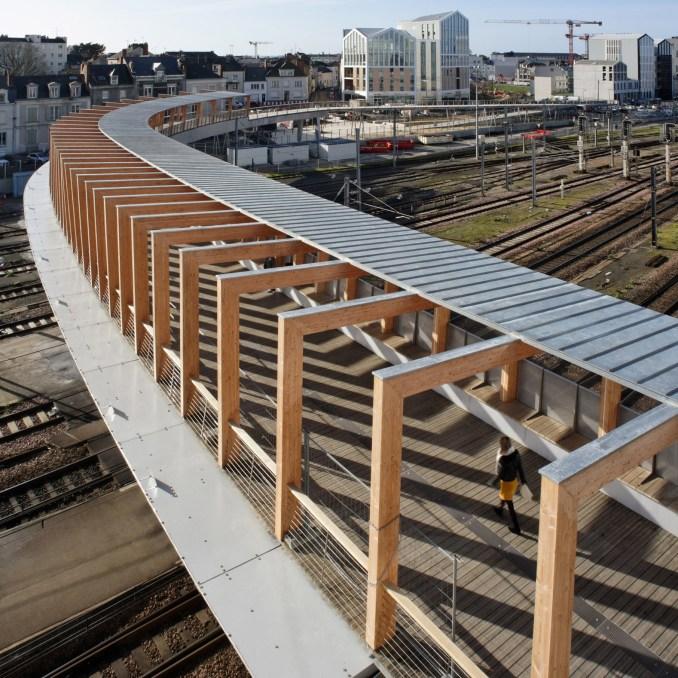 Angers footbridge by Dietmar Feichtinger Architecture