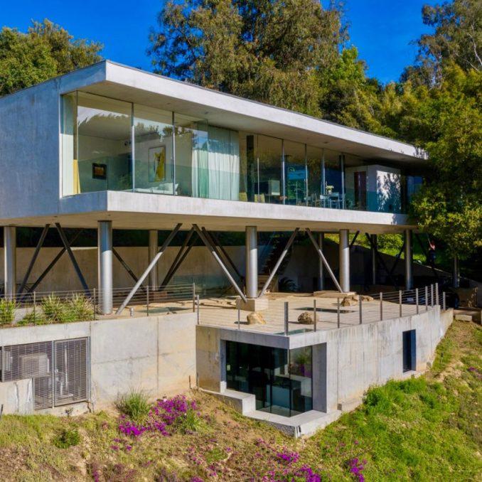 Gerhard Heusch Oak Pass Residence Beverly Hills view of the house