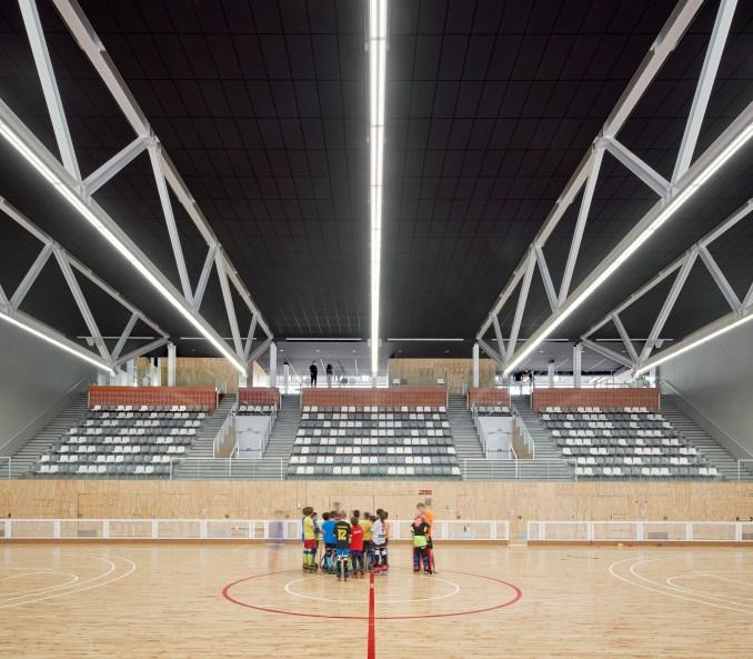 Basement sports hall in Camp del Ferro sports centre in Barcelona