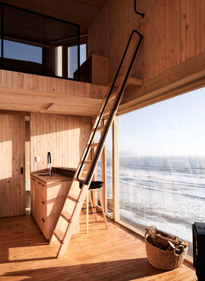 La Loica wooden interior