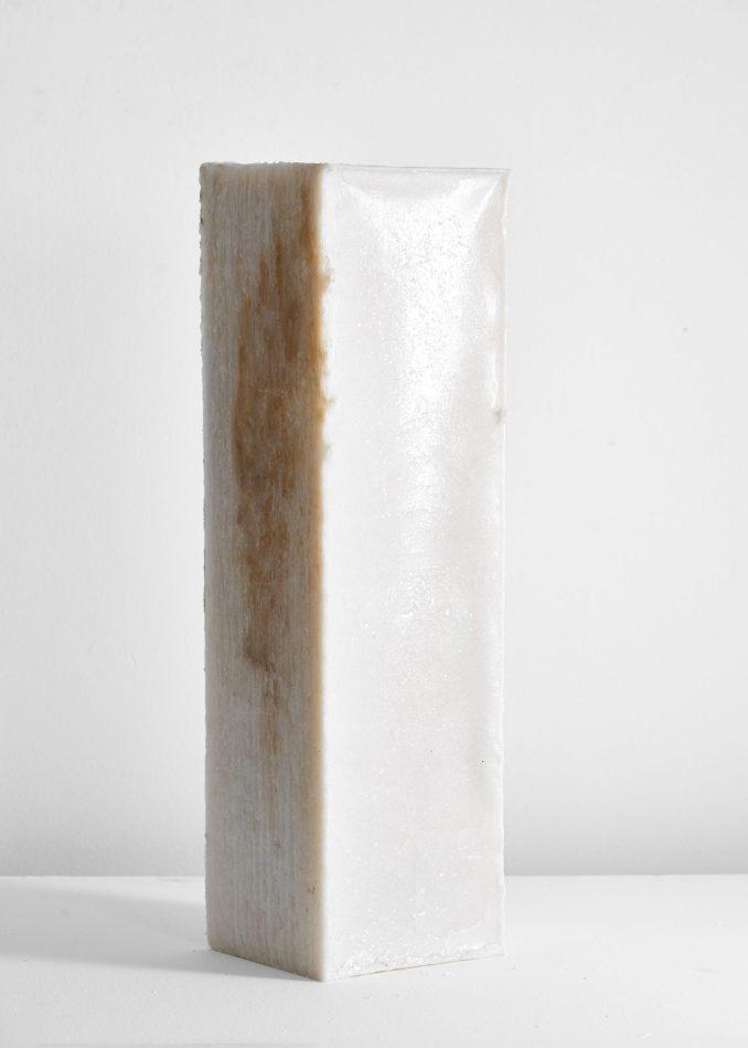Marble-like salt building block