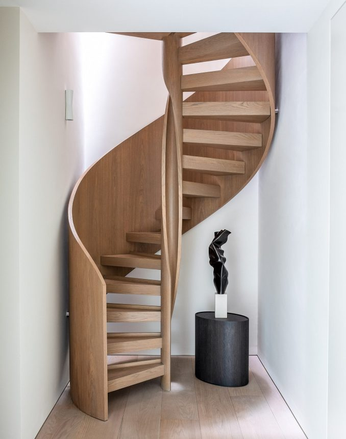 Helical staircase in the Knightsbridge Mews House by Echlin