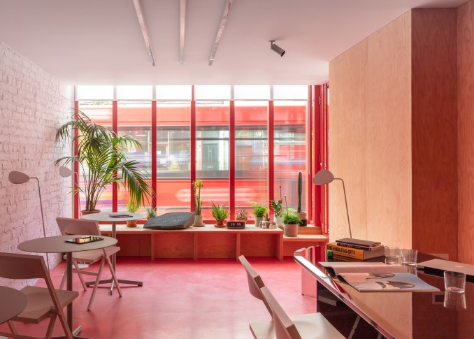 Co-working lounge in High Street House by Noiascape Teatum+Teatum