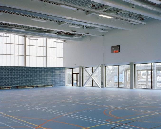 School in Melopee School in Ghent by XDGA