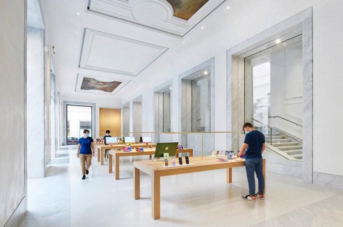 Marble covers the interior of Apple Via del Corso