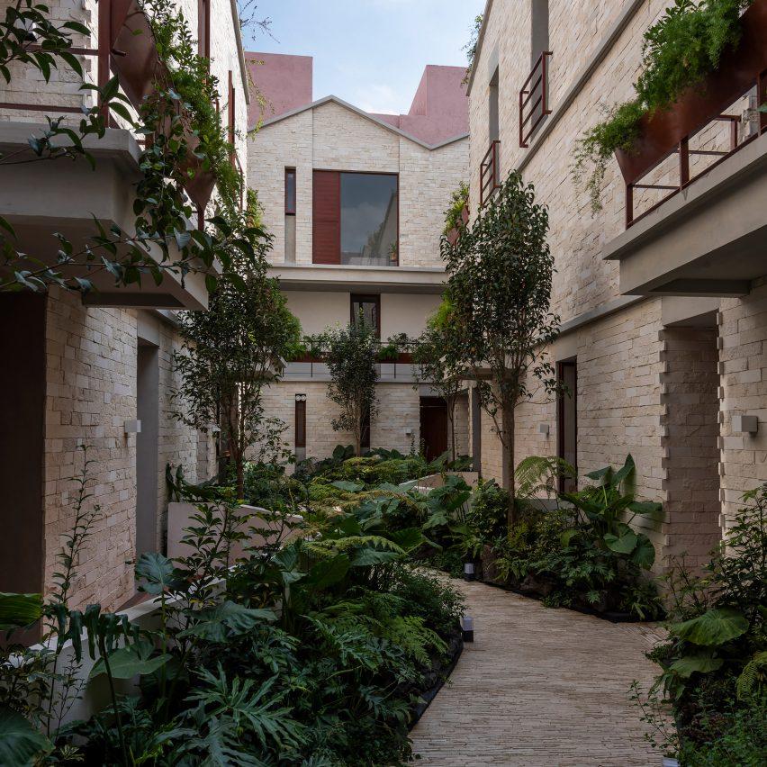 Casa Jardin Escandón by CPDA