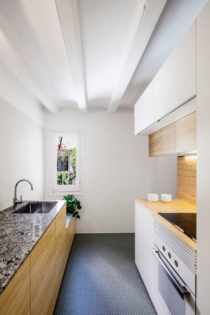 La Carmina galley kitchen by RAS Studio