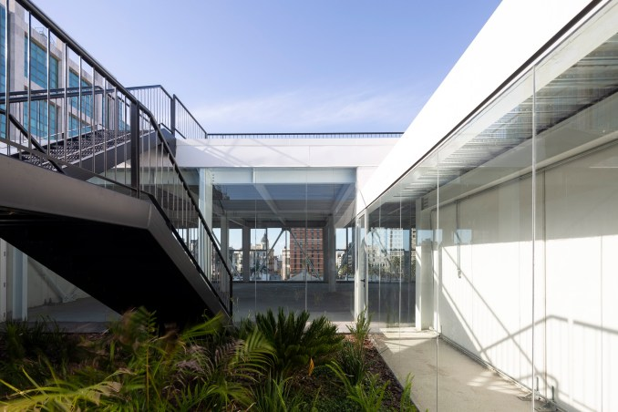 The Florida Building features a roof terrace