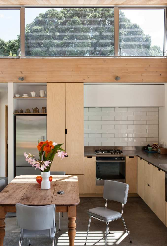 l-shaped kitchen by vaughn mcquarrie
