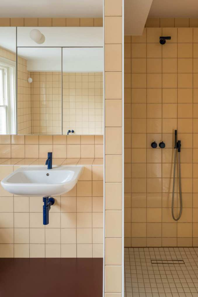 Bathroom, Mount View house renovation by Archmongers