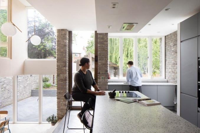 Kitchen counter in Bravura House by Selencky Parsons