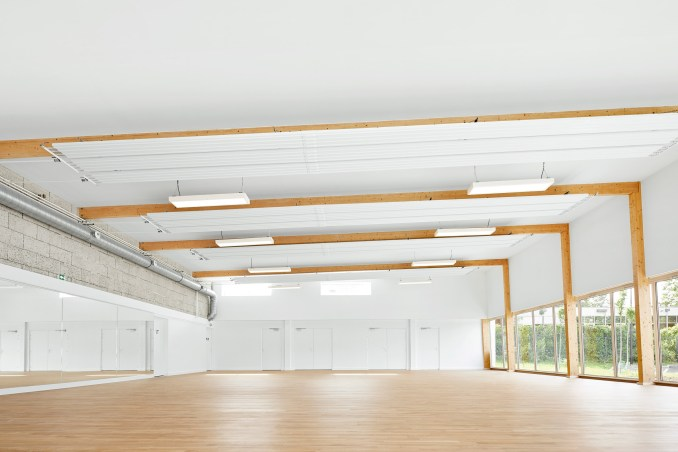 Pierre Chevet sports hall has large interiors