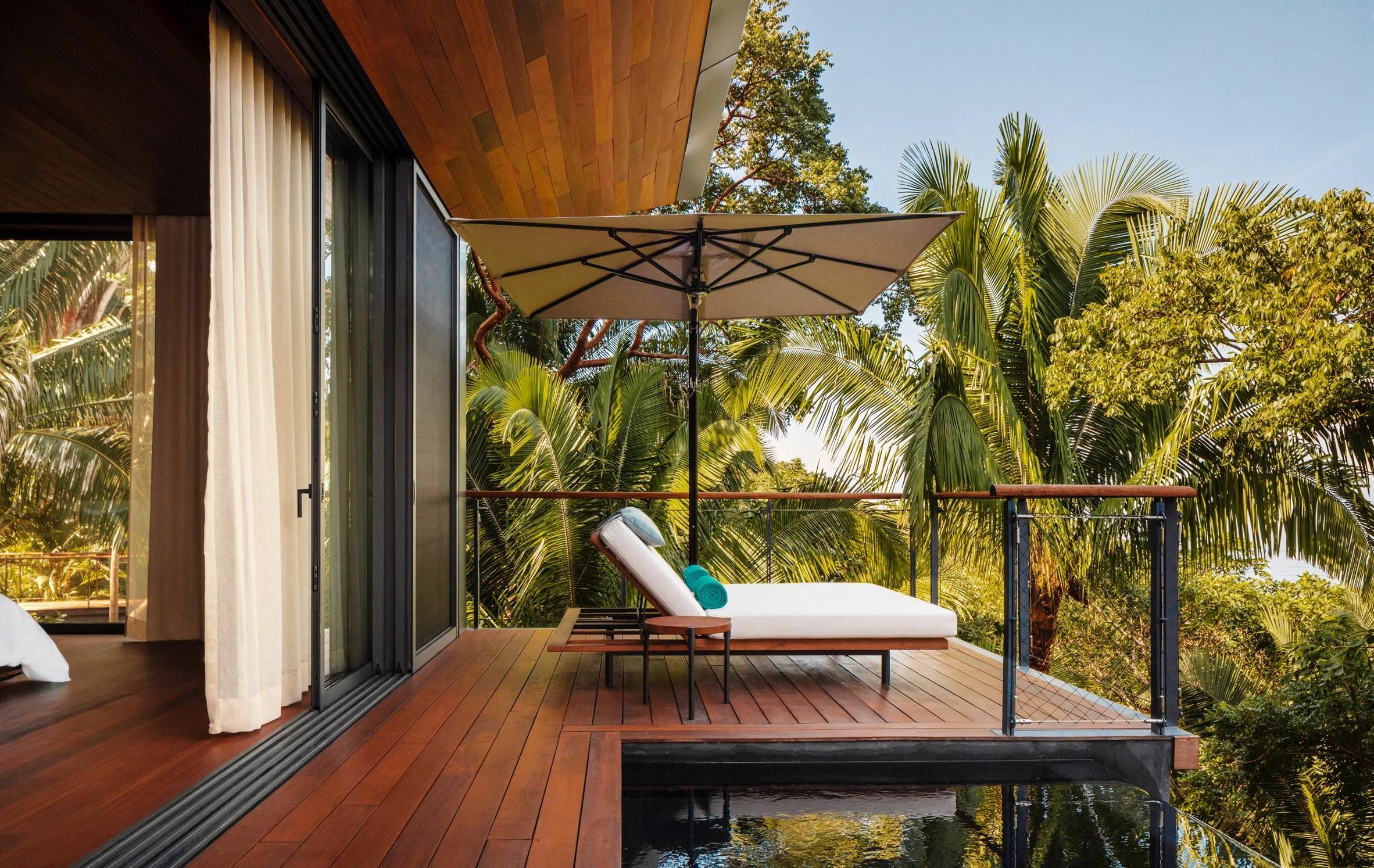 Treehouse suite terrace