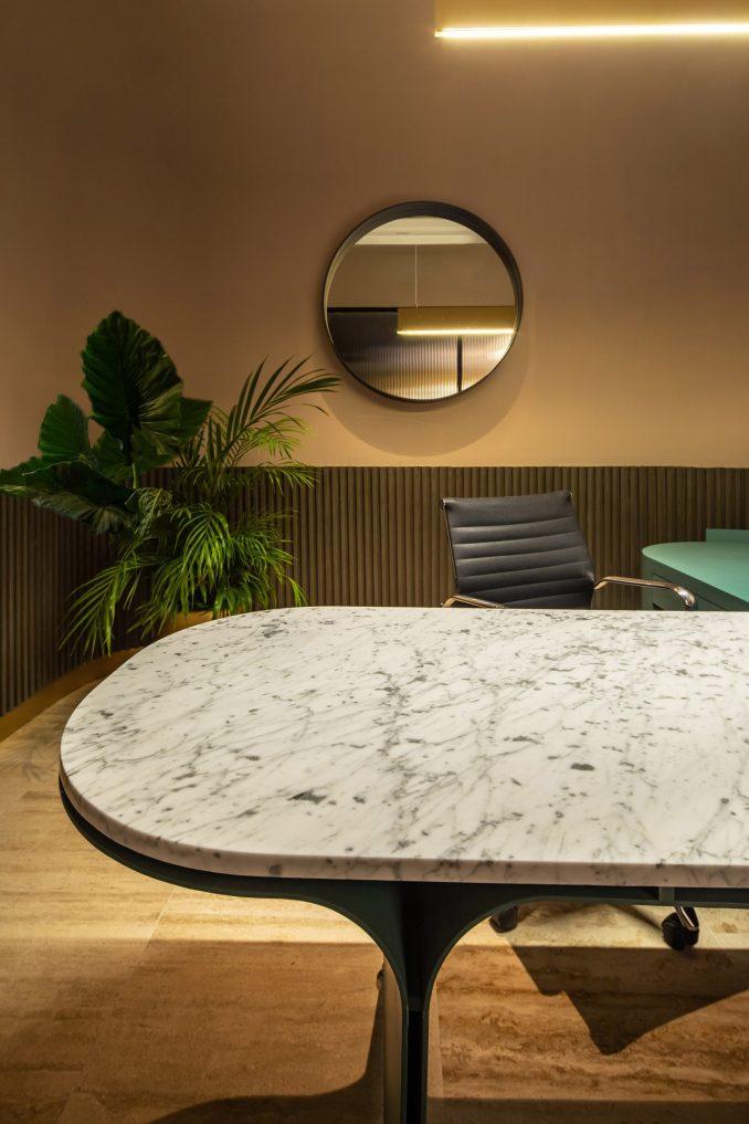 Álvaro Hernández Félix Studio added marble accents to the design