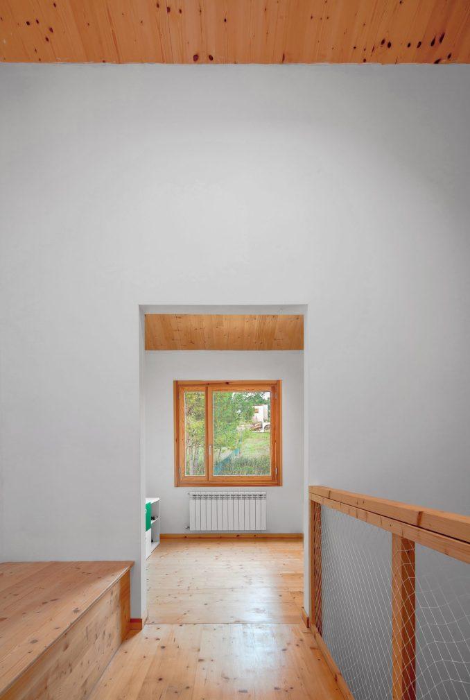 SAU Taller d'Arquitectura added squared windows