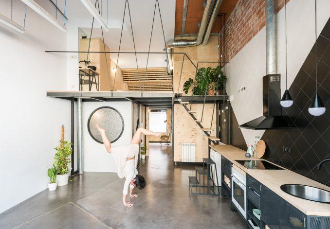 Small loft in Madrid apartment