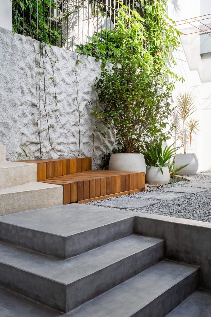 Neutral colours feature in the home's garden