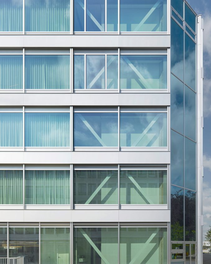 Facade detail of Roche Multifunctional Workspace Building is the third building by Christ & Gantenbein