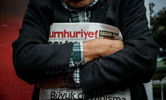 'Wir werden uns nur unserem Volk und unseren Lesern beugen.'' sagt Chefredakteur Sabuncu. / Bild: (c) APA/AFP/OZAN KOSE (OZAN KOSE)