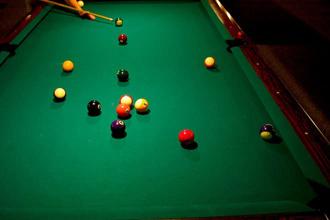 Image Result For Pool Cue Vs Snooker Cue
