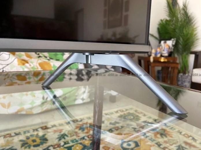A TV Blaupunkt vem com um design de pés exclusivo.