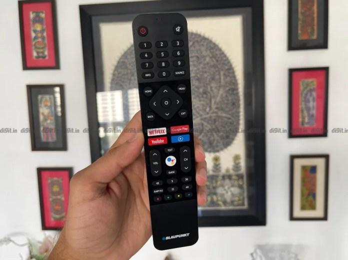 A TV Blaupunkt vem com um controle remoto fácil de usar.