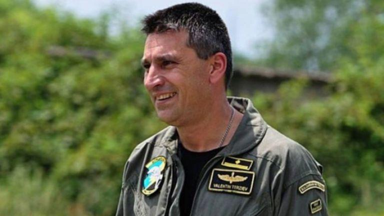 Министърът на отбраната призна, че целта е паднала по-бързо и майор Терзиев може да откаже заданието.