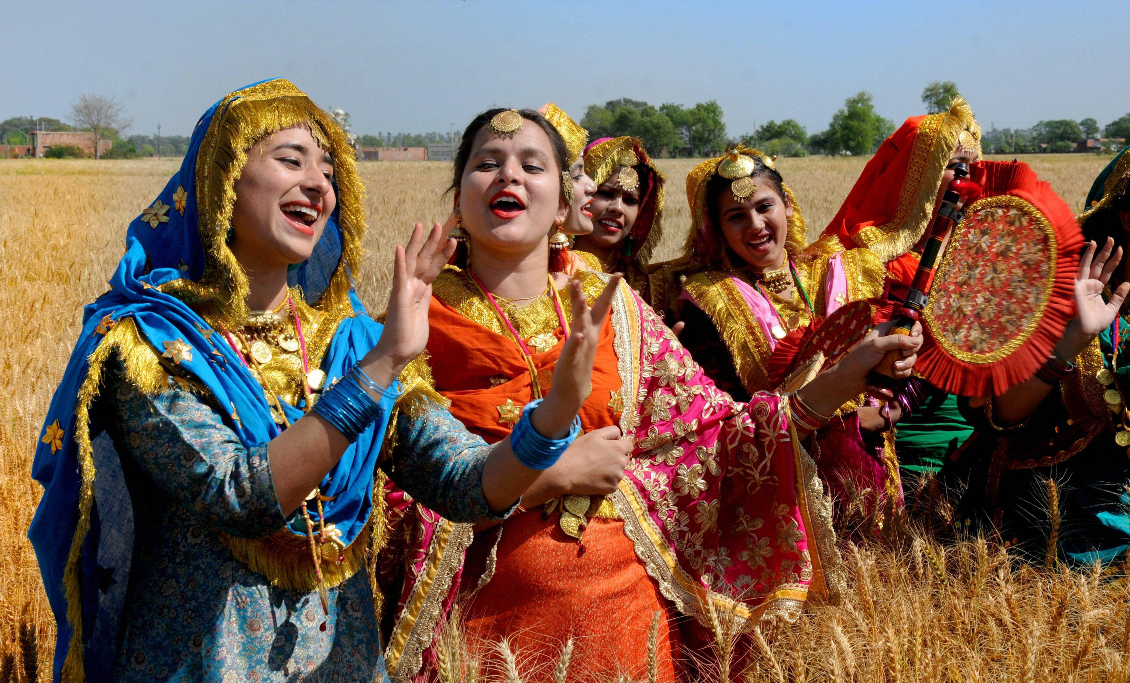 Happy Baisakhi 2017 Celebrity Wishes On The Occasion And All You Need To Know About The Festival