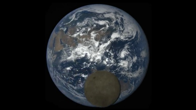NASA's space camera captures Moon 'Photobombing' Earth ...