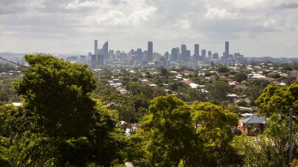 Brisbane is still considered to be an attractive option for investors, despite its stagnant rents, says Simon Pressley.