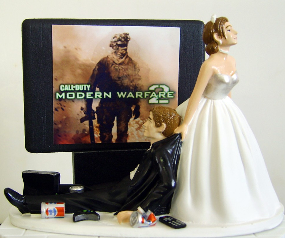 Video Game Junkie Wedding Cake Topper   DudeIWantThat com Video Game Junkie Wedding Cake Topper