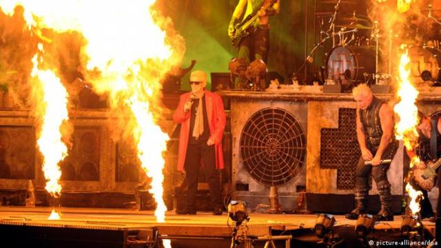 Heino with Rammstein at the Wacken Festival 01.08.2013, Foto: dpa