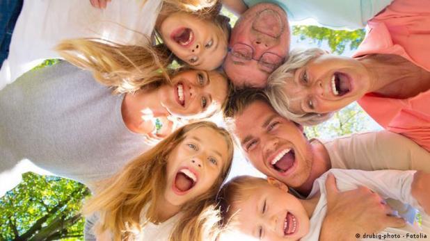Glückliche Menschen Glück Familie Symbolbild