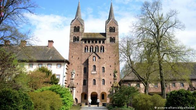 Die Abteikirche in Corvey
