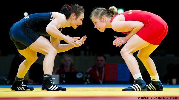 La lucha libre, disciplina olímpica para las mujeres desde 2004.