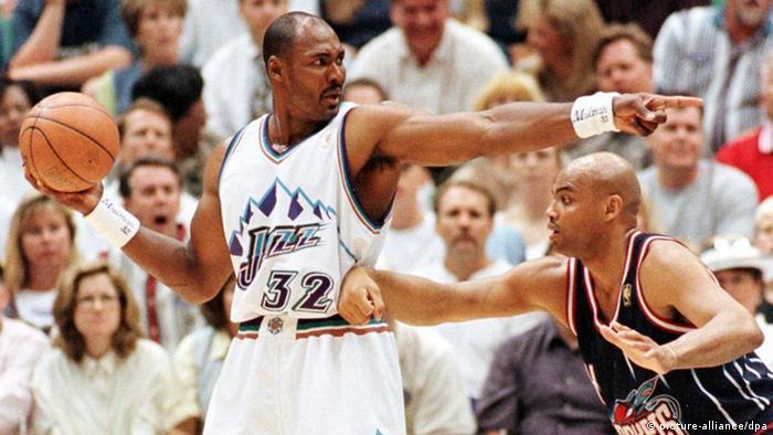 Best basket hunter in the NBA Karl Malone