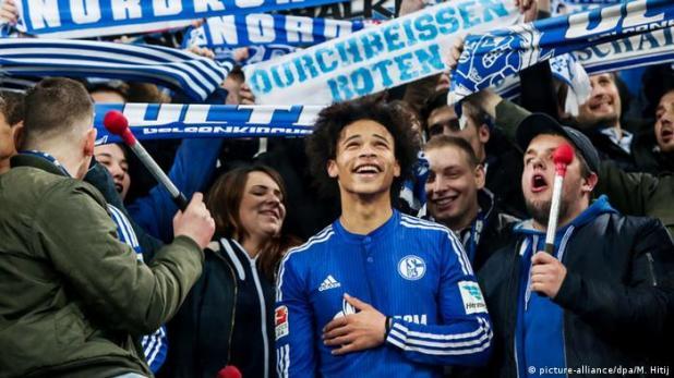 Fußball: Bundesliga, FC Schalke 04 - Hannover 96 Schalkes Leroy Sane