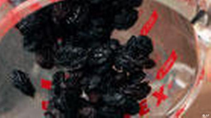 Raisins When Baking (AP)
