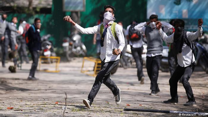 Kashmir | Ausschreitungen in Srinagar (Reuters/D. Ismail)