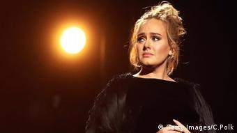 Image of singer Adele on stage