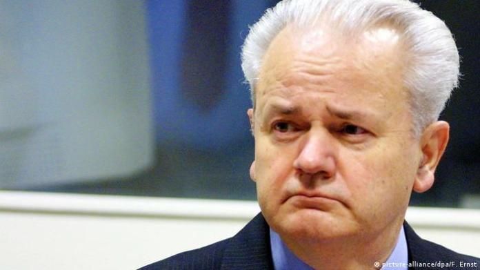 Niederlanden Den Haag - ehemaliger jugoslawische Präsident Slobodan Milosevict vor UN-Tribunal