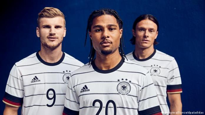 On the right, Niko Schultz, Serge Gnabry, and Timo Werner, players of the German national football team