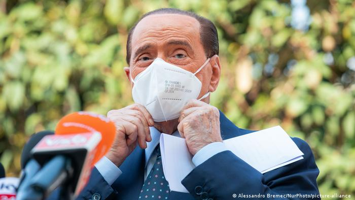 The three-time President of the Italian Government Silvio Berlusconi continues to test positive for the coronavirus.
