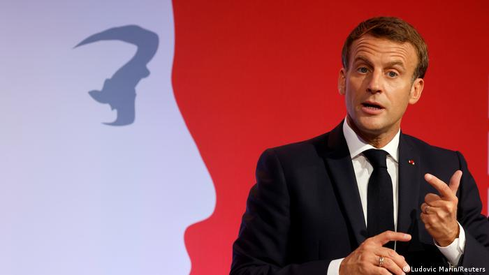 France outlines plan to stem Islamic ′separatism′ | News | DW | 02.10.2020