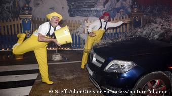 Deutschland Clown-Car-Wash Circus Krone